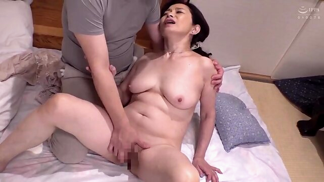 japanese amateur A Affair of a mother in law and a stepson
